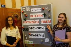 Studentky 4. AK Simona Preisová a Kristýna Kaloudová